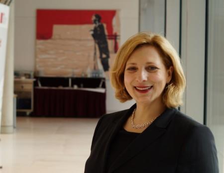 Dr.Daniela De Ridder